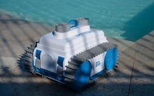 Robot do czyszczenia basenu