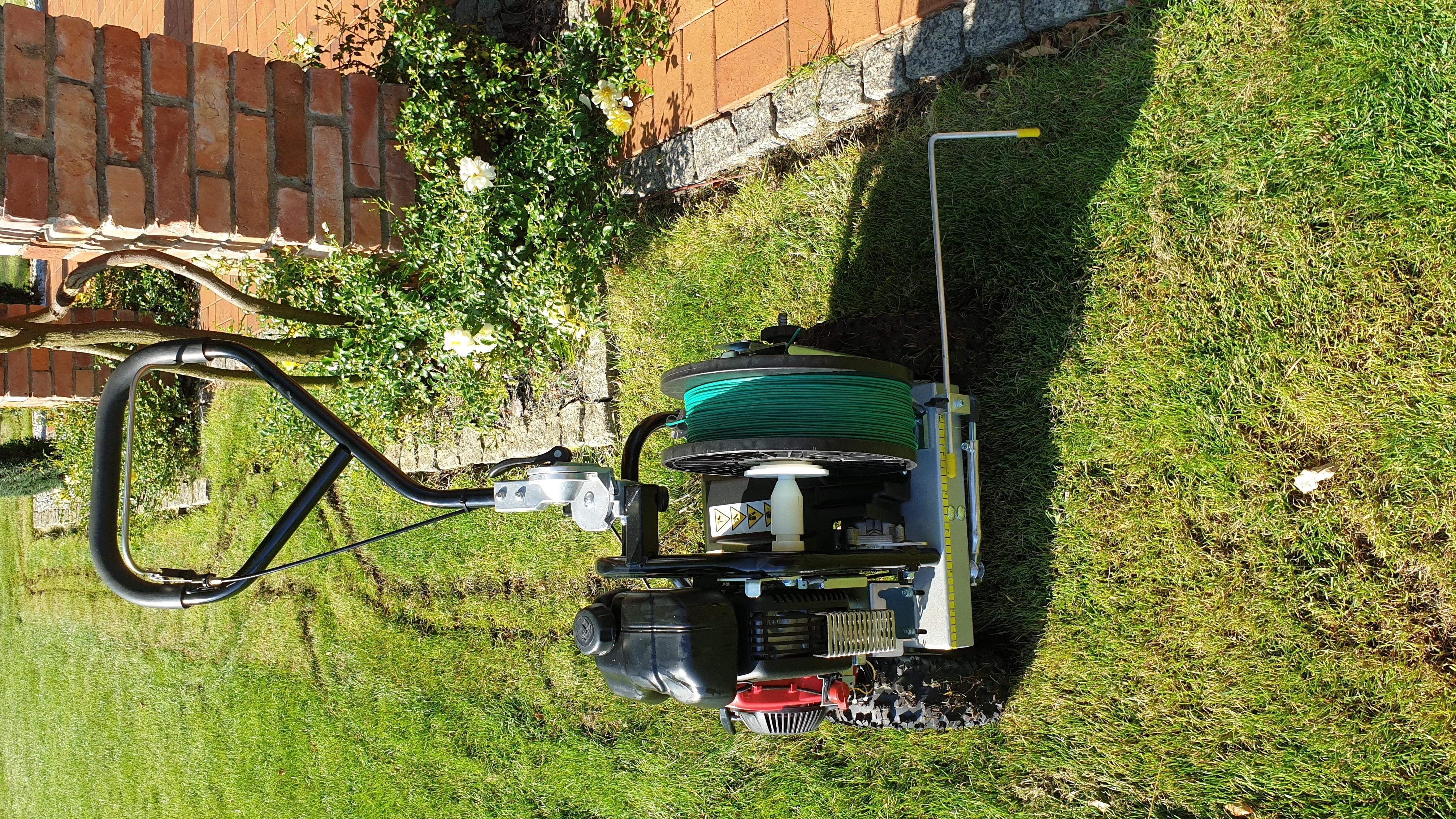 Maszyna do układania kabla granicznego
